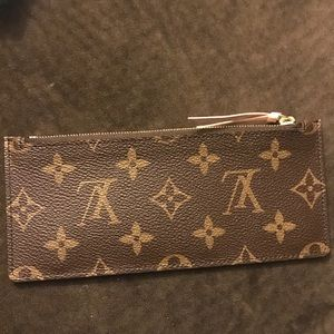 Authentic LV wallet from Josephine...